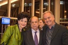 Edna, Garret e Lúcio.jpg